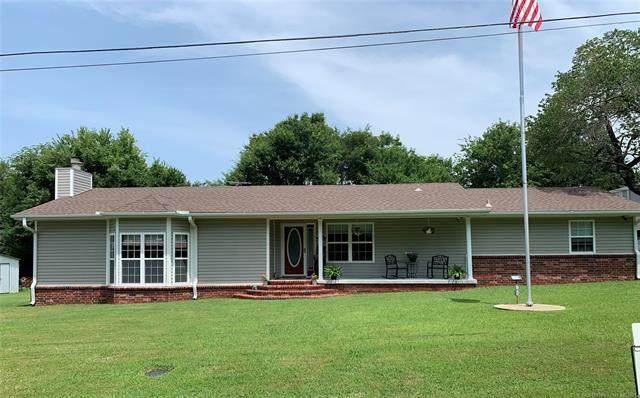 2 W Walnut Street, Salina, OK 74365 (MLS #2124274) :: 918HomeTeam - KW Realty Preferred