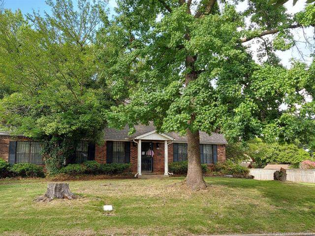 4245 E 77th Street, Tulsa, OK 74037 (MLS #2124684) :: 918HomeTeam - KW Realty Preferred