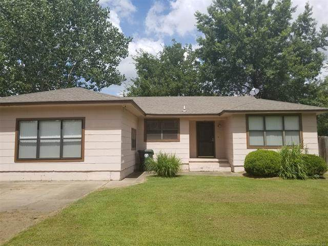 1902 Manitou Street, Muskogee, OK 74403 (MLS #2124835) :: Hopper Group at RE/MAX Results