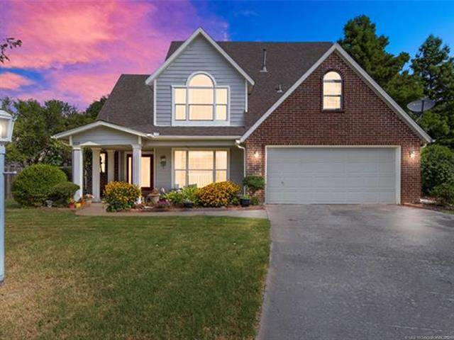 9718 N 100th East Avenue, Owasso, OK 74055 (MLS #2124861) :: Active Real Estate
