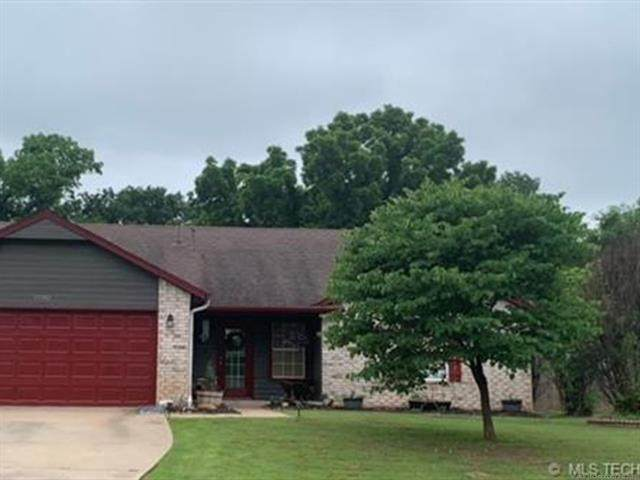 15202 W 18th Place S, Sand Springs, OK 74063 (MLS #2125373) :: 580 Realty