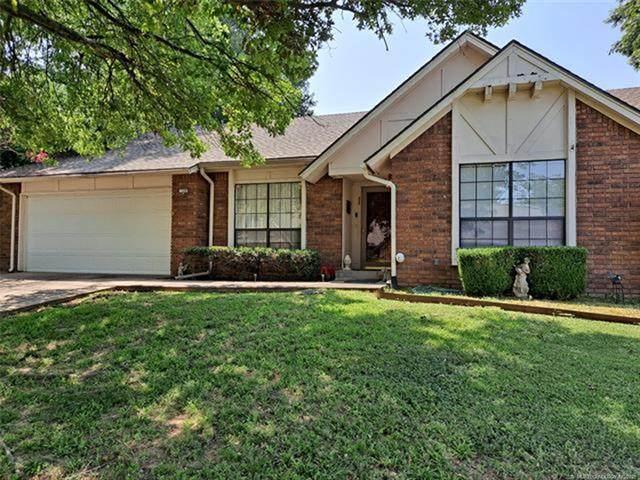 7320 E 62nd Street, Tulsa, OK 74133 (#2125770) :: Homes By Lainie Real Estate Group