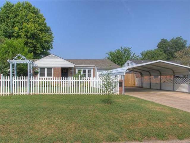 4966 S Newport Avenue, Tulsa, OK 74105 (MLS #2125825) :: Hopper Group at RE/MAX Results