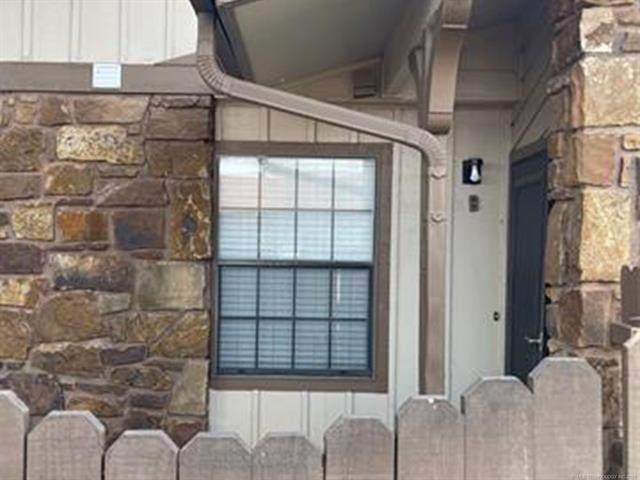 6526 Memorial Drive - Photo 1