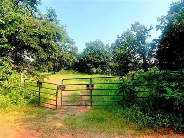 17250 Charter Oak - Photo 1