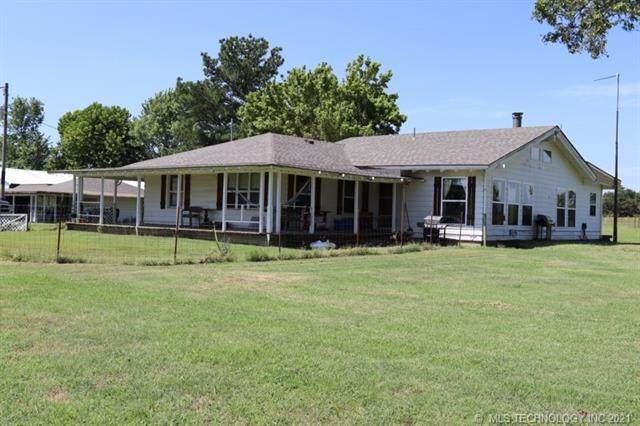10696 N County Road 3410, Stratford, OK 74872 (#2127021) :: Homes By Lainie Real Estate Group