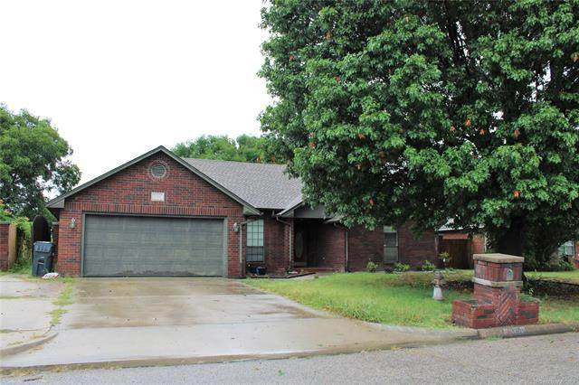 1701 Southern Hills Drive, Ardmore, OK 73401 (MLS #2127450) :: Owasso Homes and Lifestyle