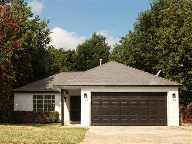 2112 N Owasso Avenue, Tulsa, OK 74106 (MLS #2127940) :: Owasso Homes and Lifestyle