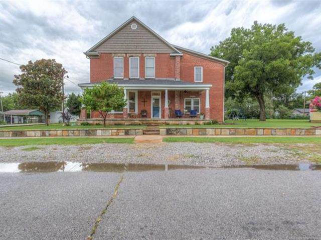 323 S Cherokee Street, Haskell, OK 74436 (MLS #2128050) :: Owasso Homes and Lifestyle