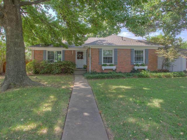 2358 S Delaware Court, Tulsa, OK 74114 (MLS #2128121) :: Owasso Homes and Lifestyle