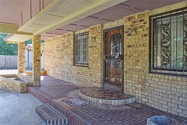 1635 Elmwood Lane, Muskogee, OK 74403 (MLS #2128658) :: Owasso Homes and Lifestyle