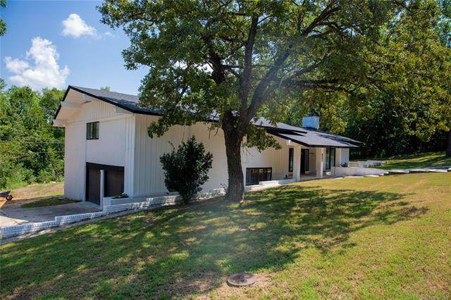 1414 Chickasaw Place, Ada, OK 74820 (MLS #2128929) :: Hopper Group at RE/MAX Results