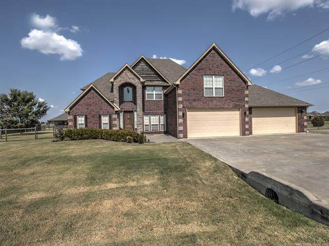 6075 E 144th Street North, Collinsville, OK 74021 (MLS #2131887) :: Owasso Homes and Lifestyle