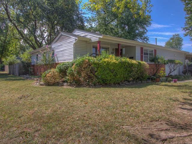 1654 E 55th Place, Tulsa, OK 74105 (MLS #2132308) :: Active Real Estate