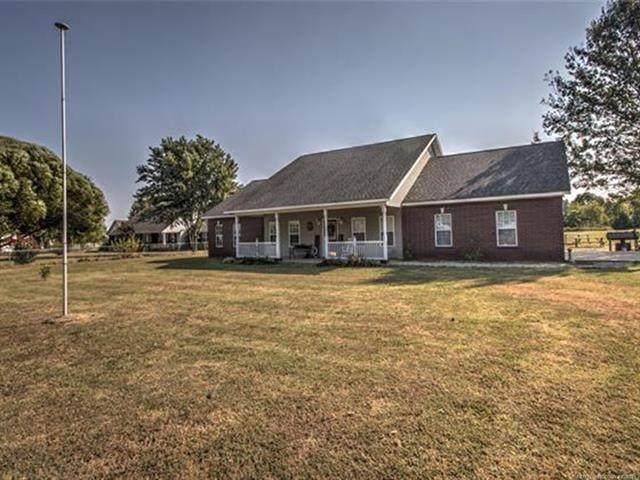 511 Rhonda Street, Pryor, OK 74361 (MLS #2132327) :: Active Real Estate