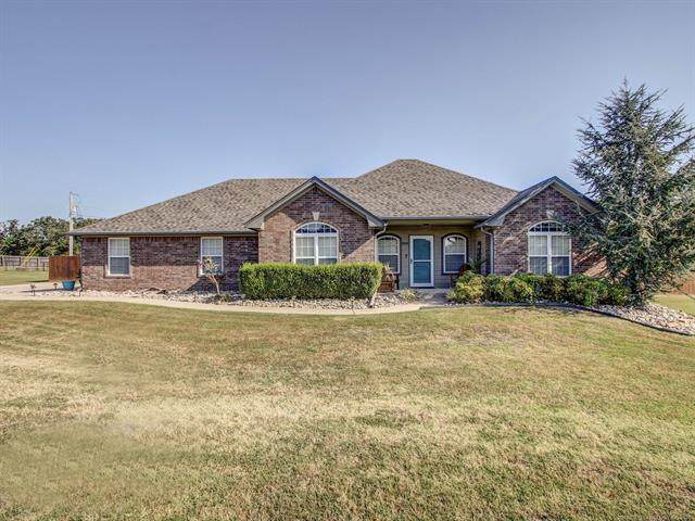 20640 W Loss Lane, Park Hill, OK 74451 (MLS #2132693) :: Owasso Homes and Lifestyle