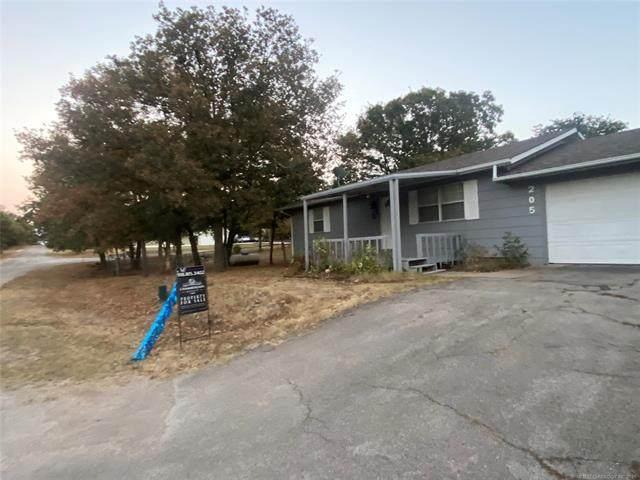 205 W Juanita Drive, Sand Springs, OK 74063 (MLS #2132828) :: Hopper Group at RE/MAX Results