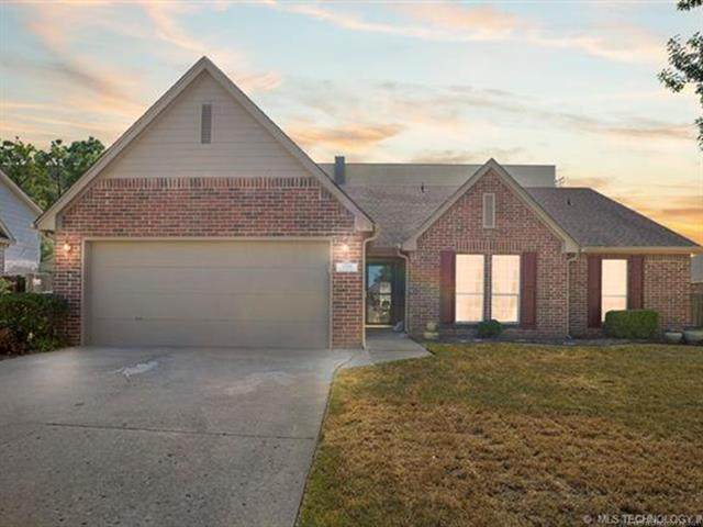 13014 E 88th Street North, Owasso, OK 74055 (MLS #2132991) :: Hopper Group at RE/MAX Results