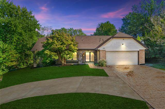 5524 E 62nd Street, Tulsa, OK 74136 (MLS #2133067) :: Hopper Group at RE/MAX Results