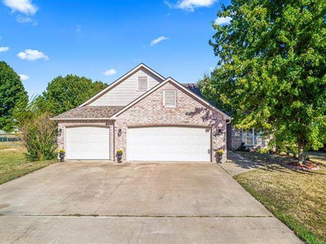 11615 N 156th East Avenue, Collinsville, OK 74021 (MLS #2133192) :: Hopper Group at RE/MAX Results