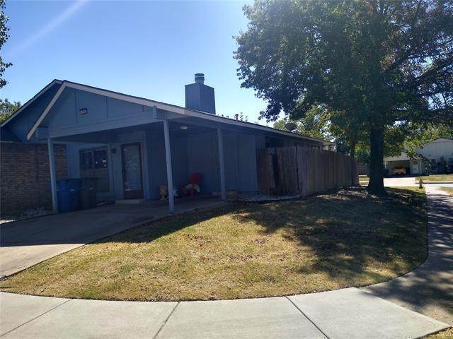 10802 E 15th Place, Tulsa, OK 74128 (MLS #2133447) :: Hopper Group at RE/MAX Results