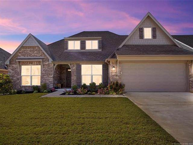 2611 W Baton Rouge Place, Broken Arrow, OK 74011 (MLS #2133511) :: Hopper Group at RE/MAX Results