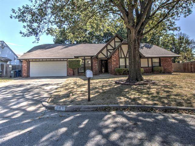 8917 S 70th East Avenue, Tulsa, OK 74133 (MLS #2133735) :: Hopper Group at RE/MAX Results