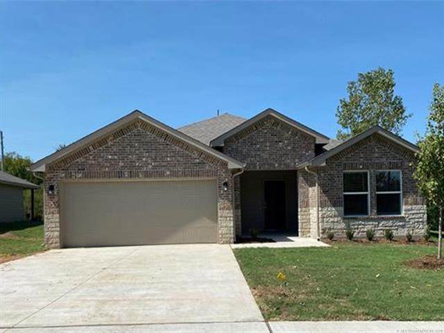 28189 E 112th Place S, Coweta, OK 74429 (MLS #2134489) :: Hopper Group at RE/MAX Results