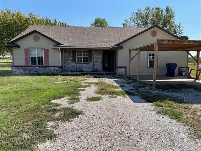 3004 E Johnston Avenue, Oologah, OK 74053 (MLS #2135189) :: 918HomeTeam - KW Realty Preferred