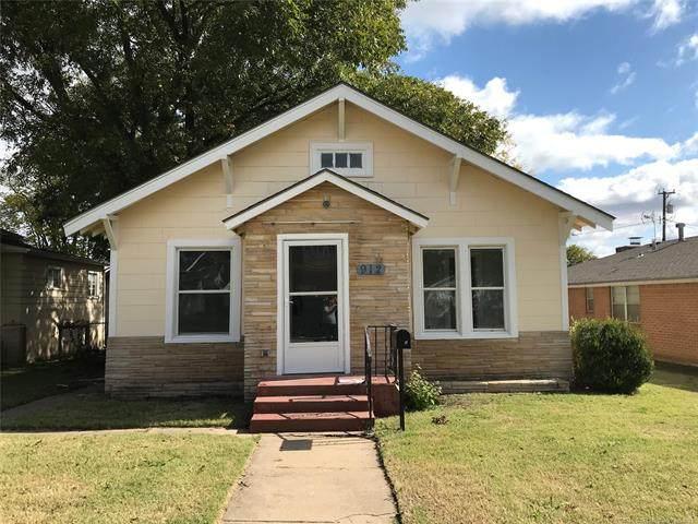 912 SE Delaware Avenue W, Bartlesville, OK 74003 (MLS #2135237) :: Active Real Estate