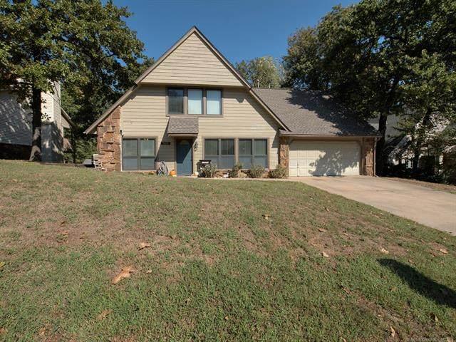 7205 W 34th Street, Tulsa, OK 74107 (MLS #2135327) :: 918HomeTeam - KW Realty Preferred