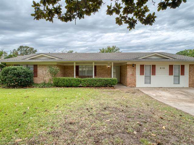 513 Webb, Ada, OK 74820 (MLS #2135489) :: Active Real Estate
