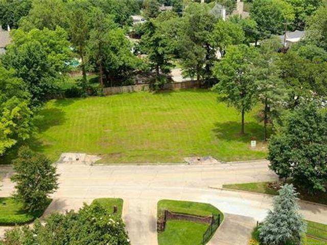 2221 Forest Boulevard, Tulsa, OK 74114 (MLS #2135864) :: Hopper Group at RE/MAX Results