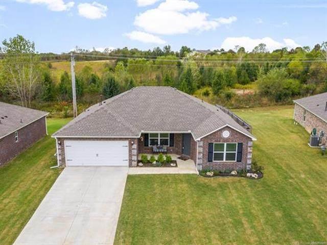 1307 W Missouri Avenue, Claremore, OK 74019 (MLS #2137121) :: Active Real Estate