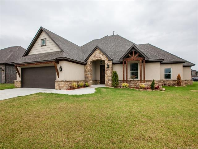 18625 E 46th Place S, Tulsa, OK 74134 (MLS #1736723) :: The Boone Hupp Group at Keller Williams Realty Preferred