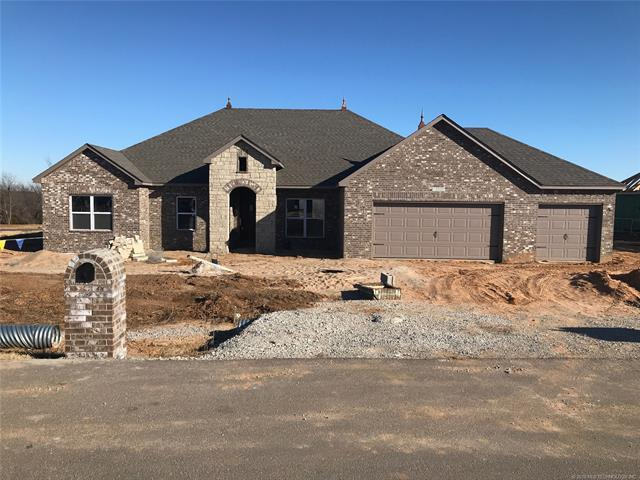 13507 S 236th East Avenue, Coweta, OK 74429 (MLS #1740941) :: The Boone Hupp Group at Keller Williams Realty Preferred