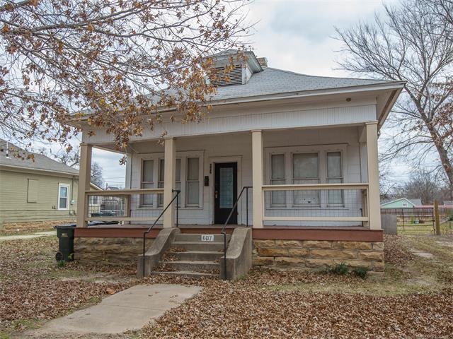 607 S Oak Street, Sapulpa, OK 74066 (MLS #1744385) :: The Boone Hupp Group at Keller Williams Realty Preferred