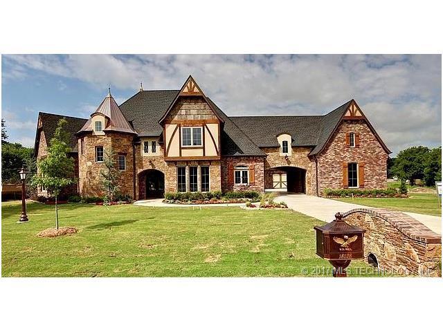 18126 E Falcon Pass Road, Owasso, OK 74055 (MLS #1745244) :: The Boone Hupp Group at Keller Williams Realty Preferred