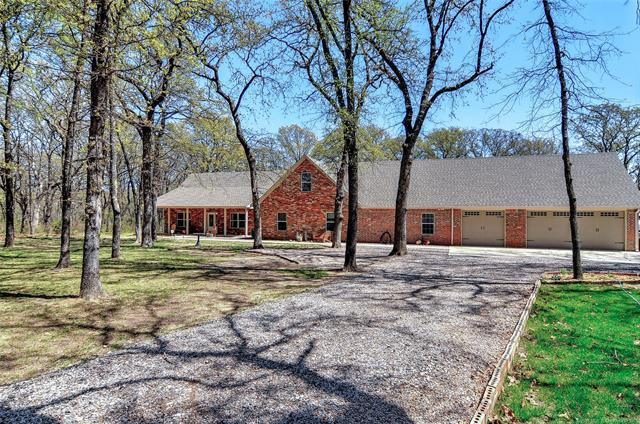 1826 Scenic View Road, Kingston, OK 73439 (MLS #1800951) :: Hopper Group at RE/MAX Results