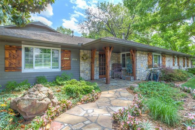 2976 E 45th Place, Tulsa, OK 74105 (MLS #1820474) :: Hopper Group at RE/MAX Results
