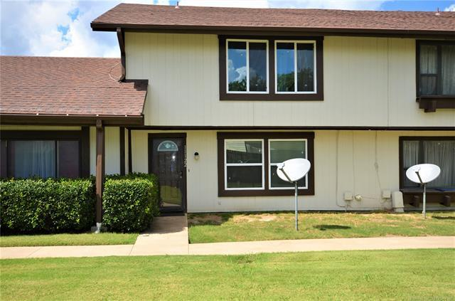 11122 E 13th Place S #2, Tulsa, OK 74128 (MLS #1834341) :: Hopper Group at RE/MAX Results