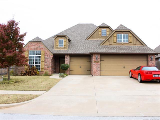 13407 S 21st Street, Bixby, OK 74008 (MLS #1842231) :: American Home Team