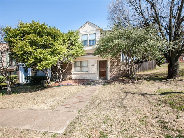 3537 S Zunis Court, Tulsa, OK 74105 (MLS #1905702) :: Hopper Group at RE/MAX Results