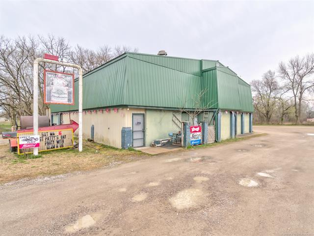 1532 1425 Road, Caney, KS 67333 (MLS #1910829) :: Hopper Group at RE/MAX Results