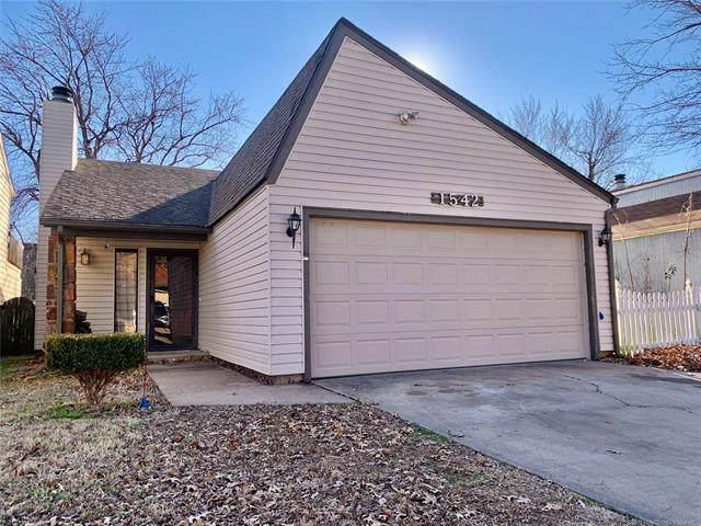 1542 E 67th Place, Tulsa, OK 74136 (MLS #1940196) :: 918HomeTeam - KW Realty Preferred