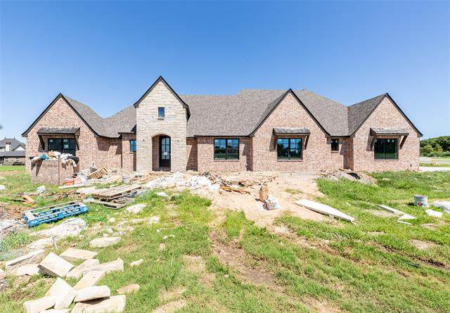 6270 N Creekwood Drive, Owasso, OK 74055 (MLS #2013801) :: Active Real Estate