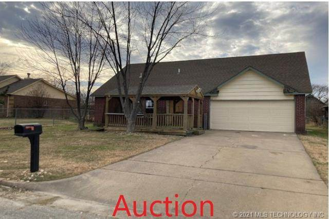 410 S 167th East Avenue, Tulsa, OK 74108 (MLS #2015307) :: 918HomeTeam - KW Realty Preferred