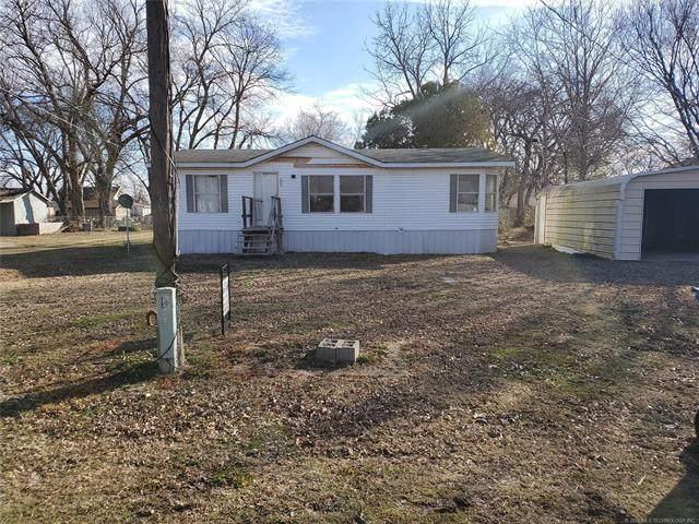 1004 N Blue Hawk Street, Pawnee, OK 74058 (MLS #2023435) :: 918HomeTeam - KW Realty Preferred