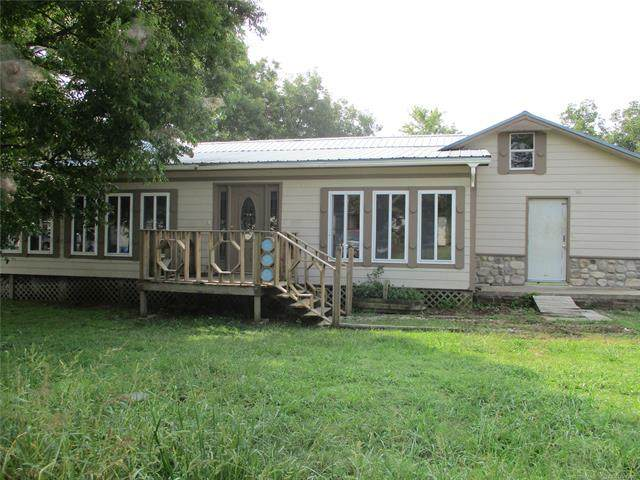 223 W Vine Avenue, Barnsdall, OK 74002 (MLS #2023539) :: Active Real Estate