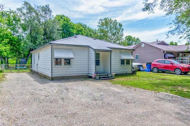 815 S Hickory Street, Nowata, OK 74048 (MLS #2025671) :: Hometown Home & Ranch